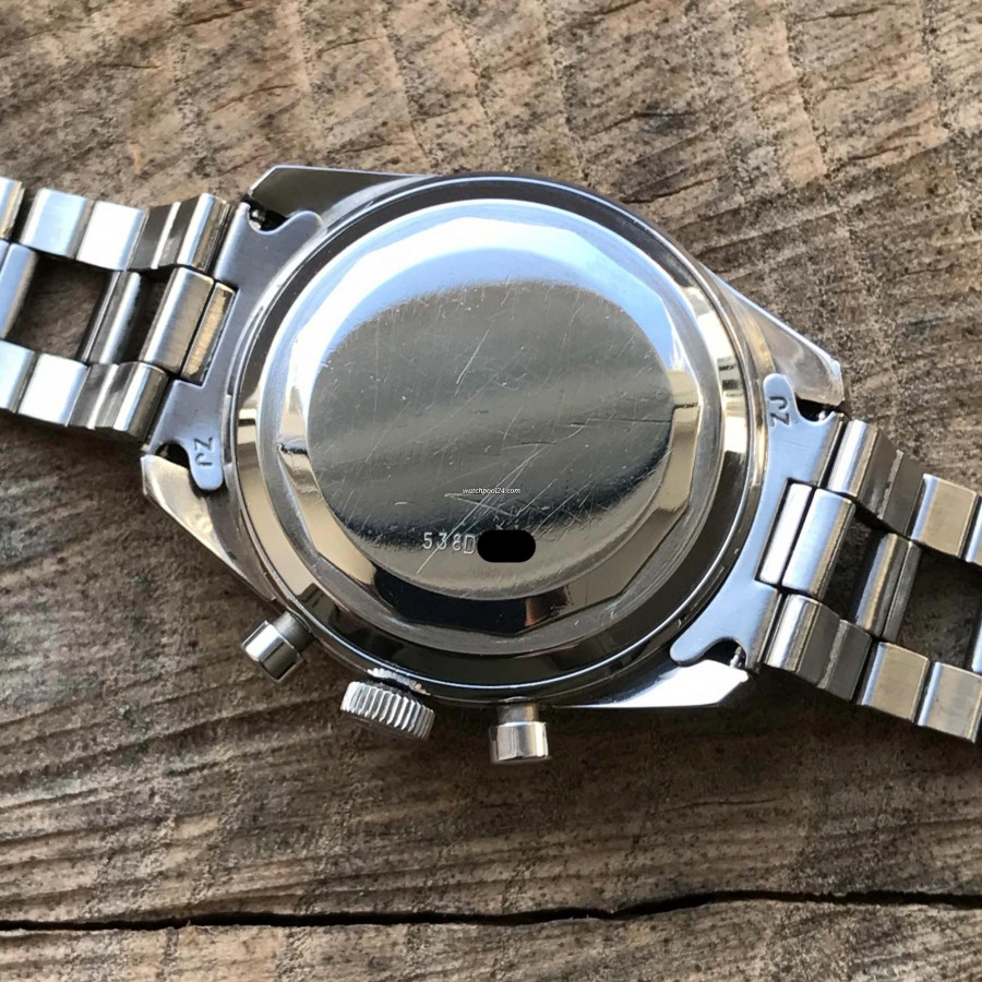Zenith El Primero A386 - serial number visible on the caseback