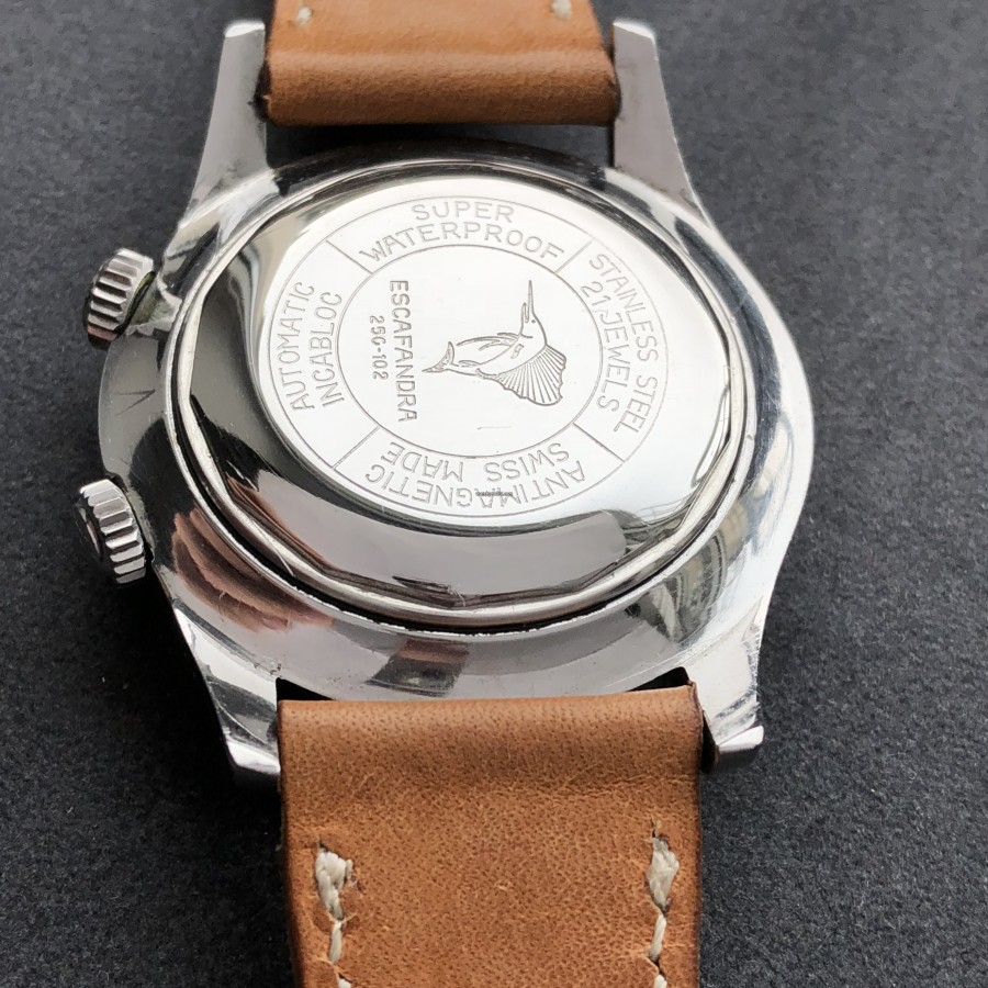 Vetta Escafandra 250-102 - features engraved on the original case back