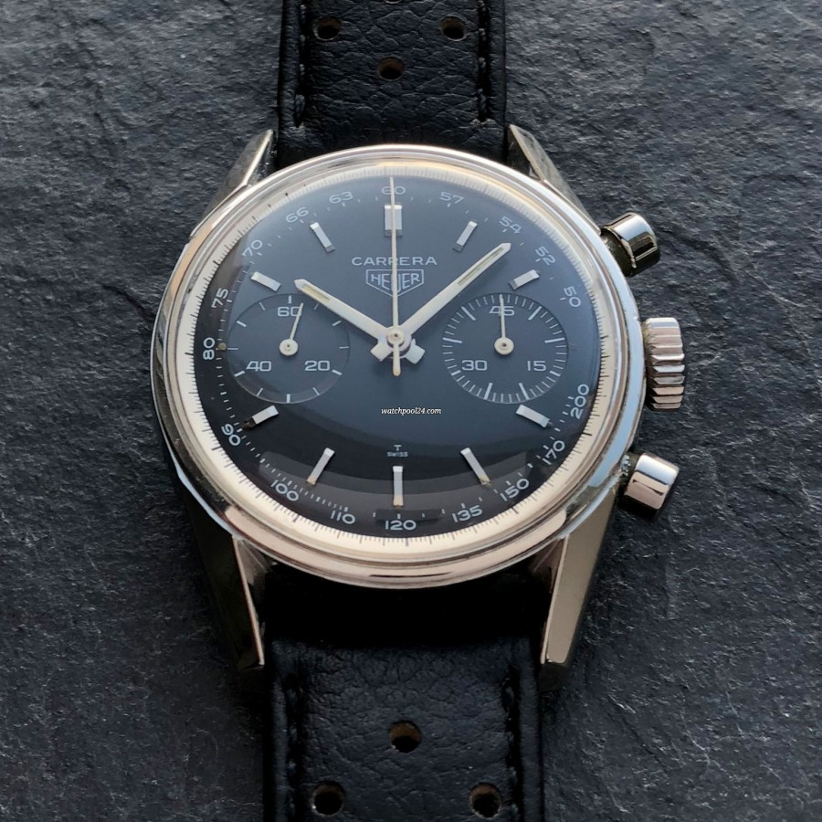 Heuer Carrera 3647 NT - very rare black dial with tachymeter scale