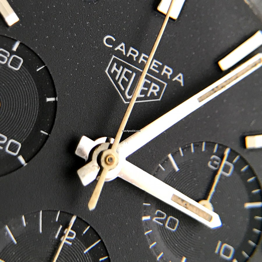 Heuer Carrera 2447 N - Early - beautiful evenly aged original creamy hands