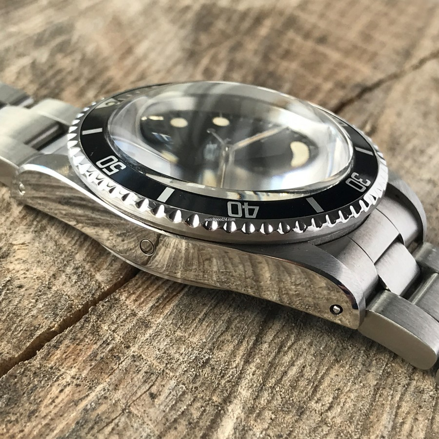 Rolex Sea-Dweller 1665 MK4 - Rolex helium escape valve
