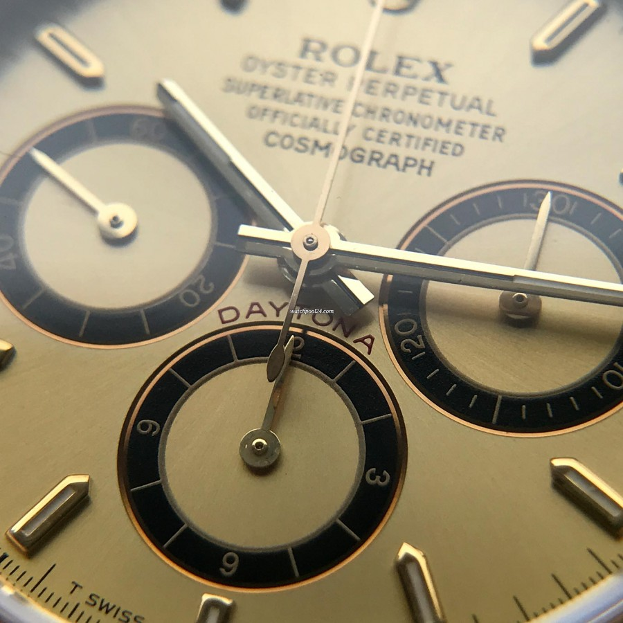 Rolex Daytona 16528 - Papers and Sticker - 'Inverted 6' of the hour counter - a trademark of the 'Zenith' Daytona