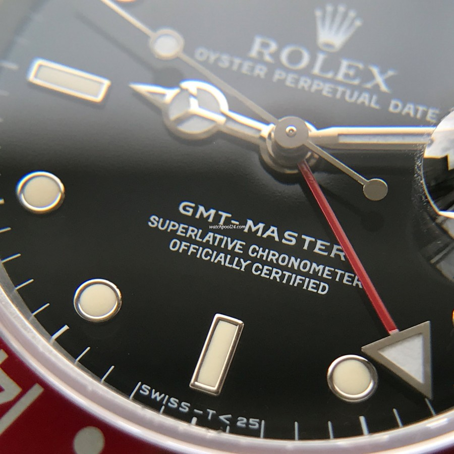 Rolex GMT Master 16700 Pepsi Bezel - beautiful creamy lume