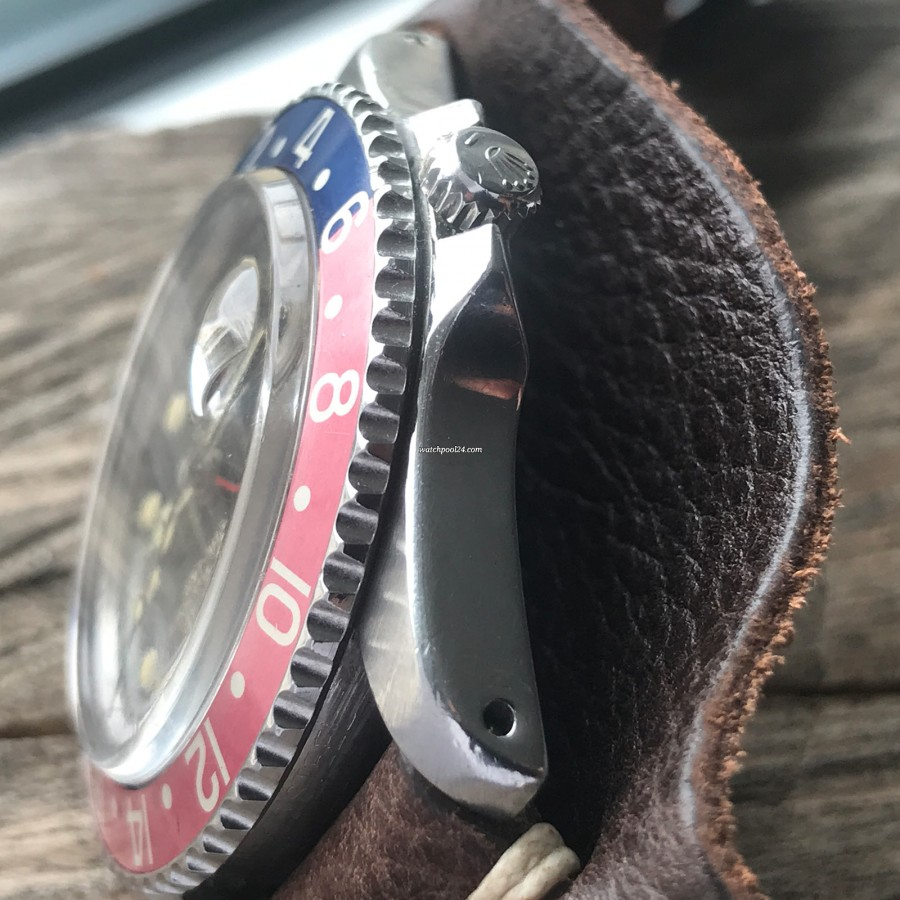 Rolex GMT Master 1675 Underline - Radial Dial - sharp bezel