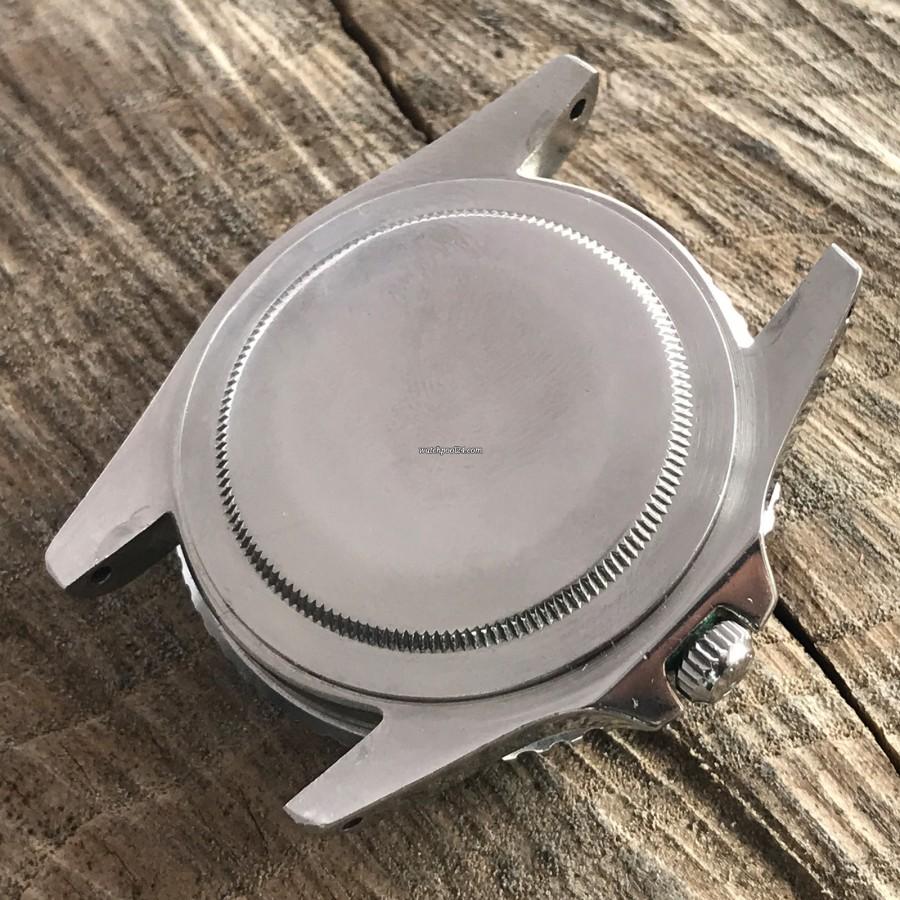 Rolex GMT Master 1675 Underline - Radial Dial - screwed-on case back