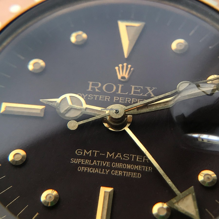 Rolex GMT Master 1675/8 Root Beer Nipple Dial - matching lume color in dial and hands