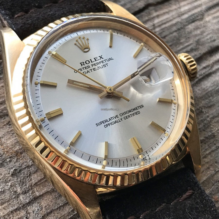 Rolex Datejust 1601 Step Dial - Papers - the 18k yellow gold Datejust never goes out of style