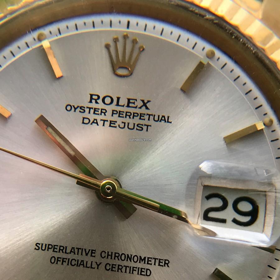 Rolex Datejust 1601 Step Dial - Papers - Sunburst-Zifferblatt und die Zyklop-Lupe über dem Datum