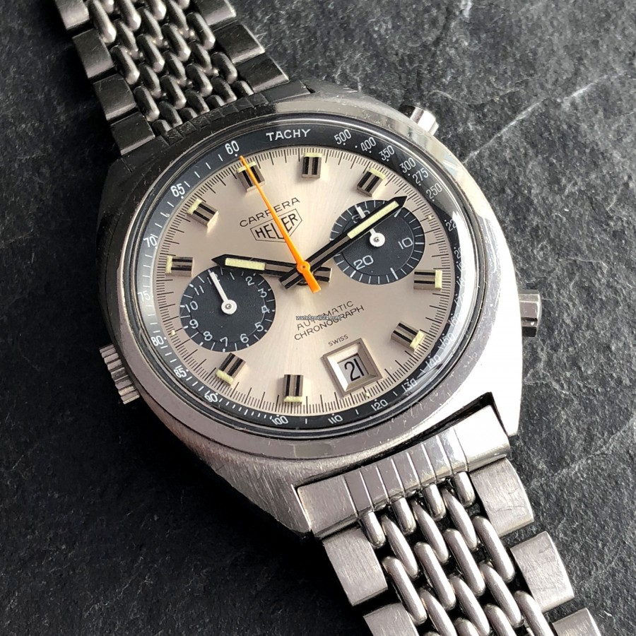 Heuer Carrera 1153 - Silver Dial - matching creamy lume color in hour markers and hands
