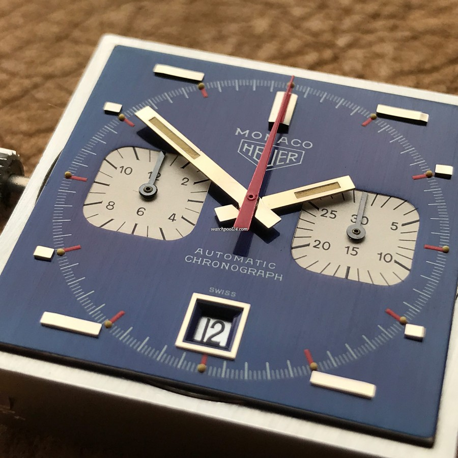 Heuer Monaco 1133B Transitional NOS - the blue metallic surface is immaculate