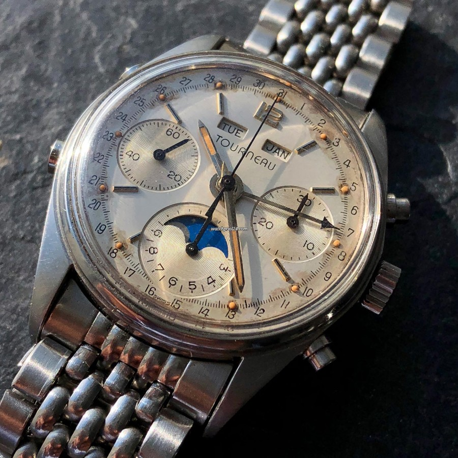 Tourneau Datofix 4356 Triple Date Moon Phase - an eye-catching patina