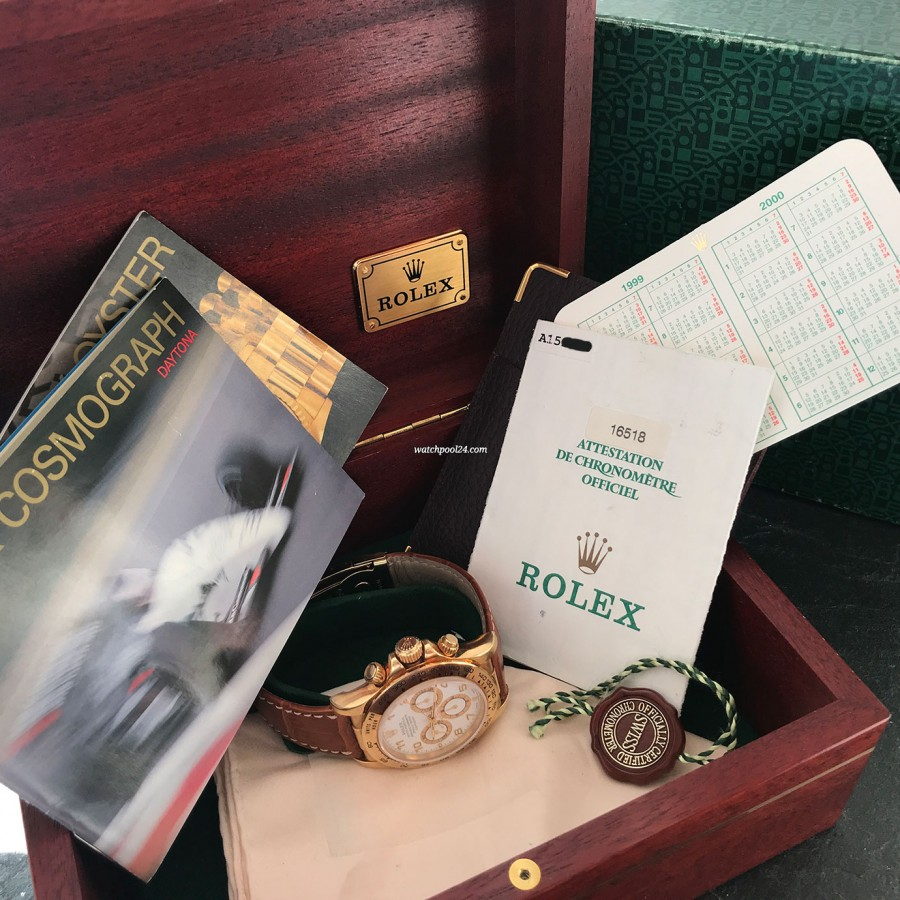 Rolex Daytona 16518 Full Set - the full set includes box, papers, hang tag, booklets, calendar card, Rolex cleaning cloth