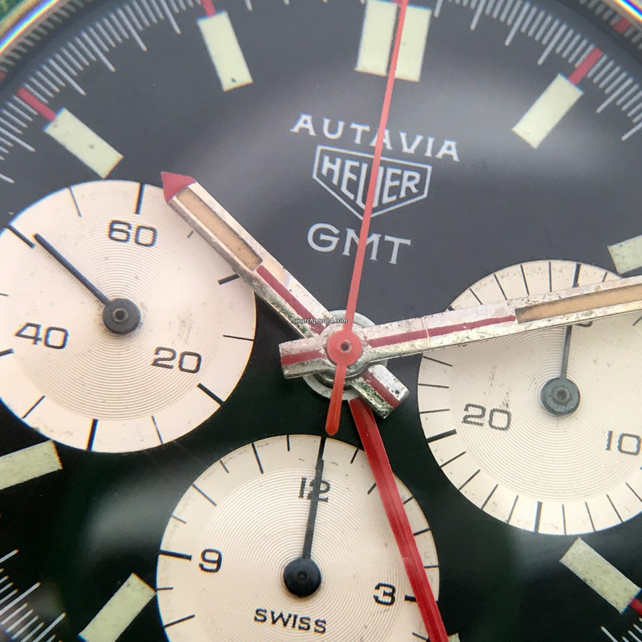 Heuer Autavia 2446C GMT MK4 - black dial surface is immaculate
