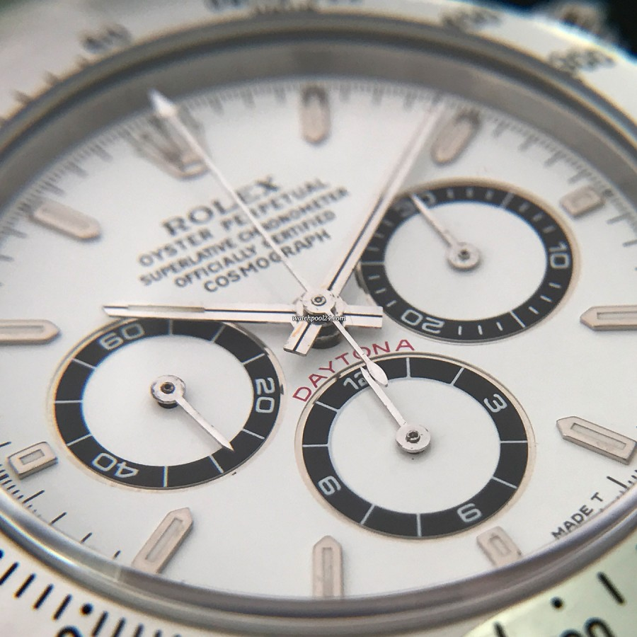 Rolex Daytona 16520 Full Set - Sticker - black rings of the sub-dials and red DAYTONA inscription