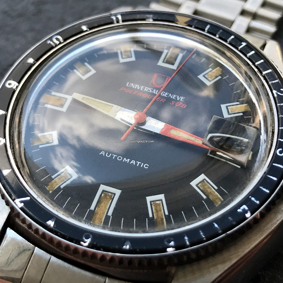 Universal Genève Polerouter Sub 869120 - black dial with beautiful patina in the lume