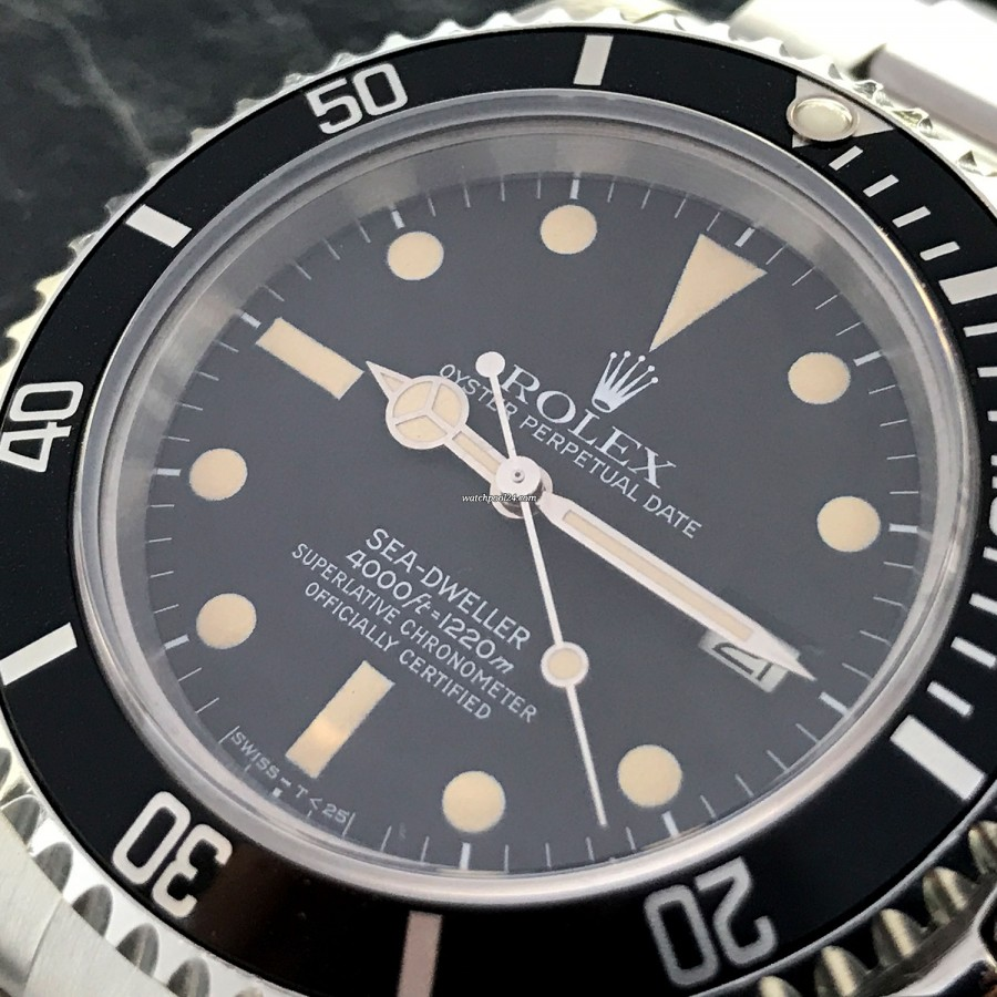 Rolex Sea-Dweller 16660 Full Set - nice and clean dial with perfect lume
