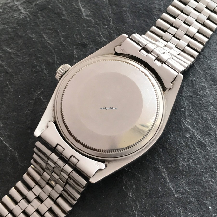 Rolex Datejust 1601 Linen No Lume Punched Papers - case back