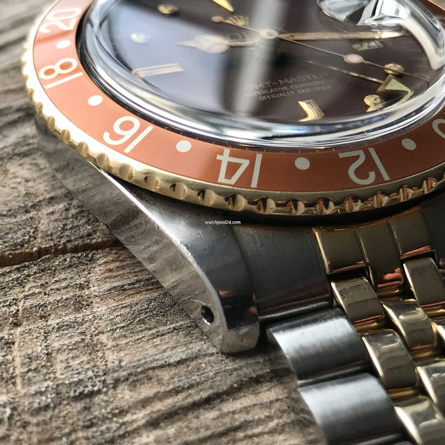 Rolex GMT Master 1675/3 Nipple Dial - two-tone Oyster case has sharp edges