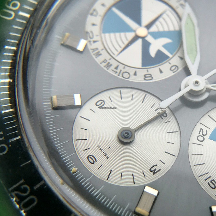Heuer Orvis Solunagraph 2446SF - 12 hours counter of the chronograph