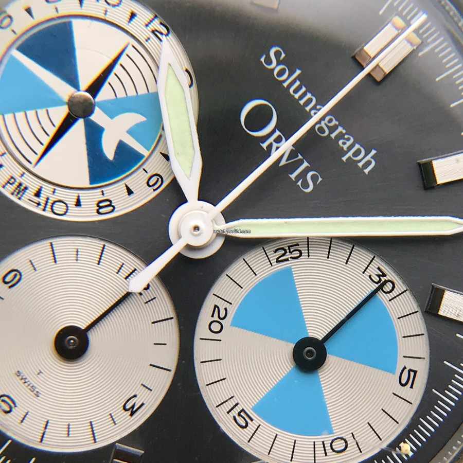 Heuer Orvis Solunagraph 2446SF - attractive and peaceful color combination