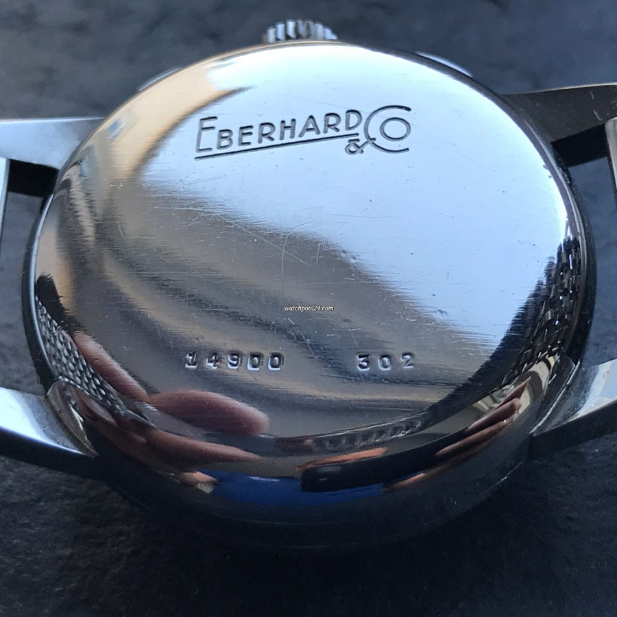 Eberhard Contodat 14900 - deep engravings on the snap-on case back