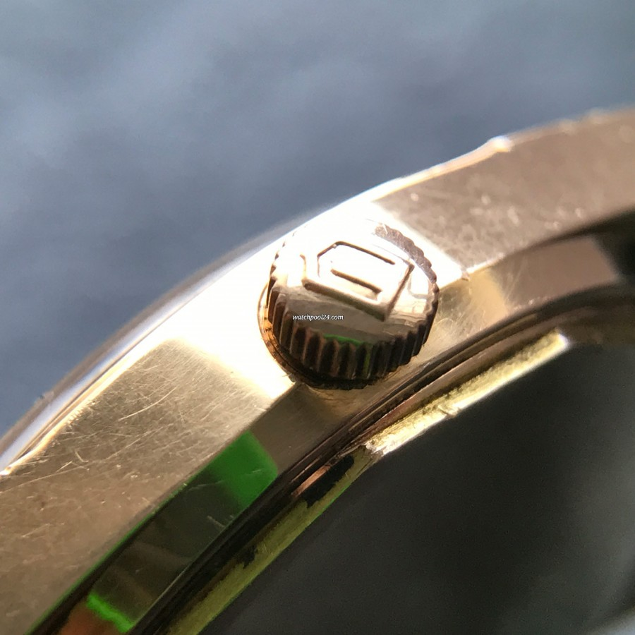 Universal Genève Polerouter Date 104503-2 Rotgold - signierte Krone
