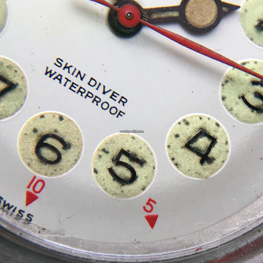 Nivada Grenchen Depthomatic Skin Diver - gealterte Radium-Leuchtmasse