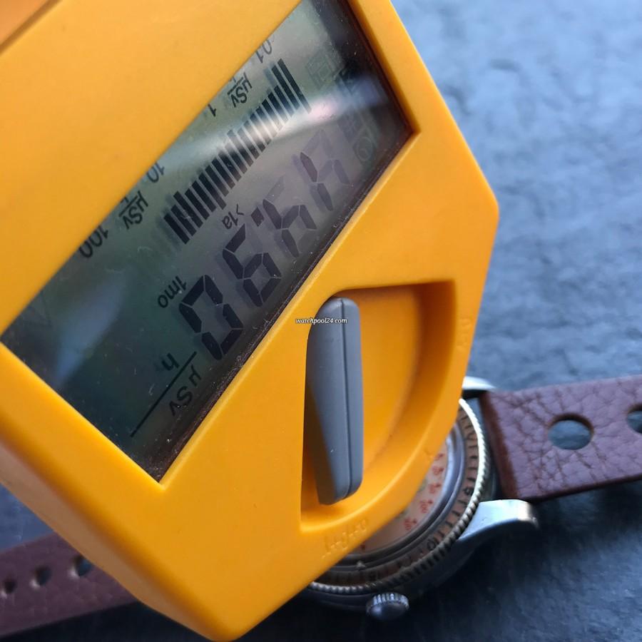 Nivada Grenchen Depthomatic Skin Diver - Nachweis der Radiumleuchtmasse mit einem Geiger-Zähler
