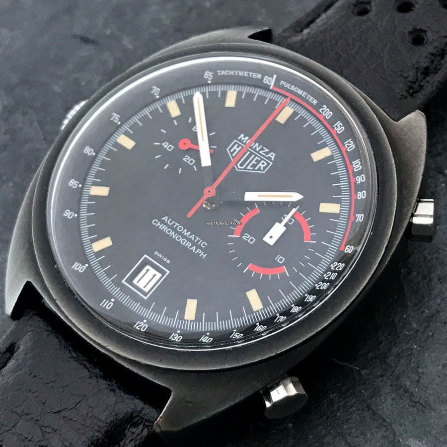 Heuer Monza 150.501 PVD - the black dial with tachymeter scale and pulsometer scale