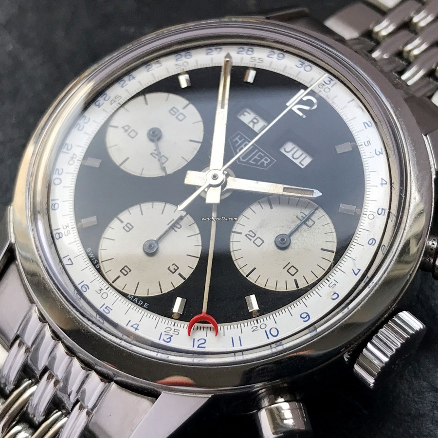 Heuer Carrera 2547 N Full History Documentation - date ring with blue numerals