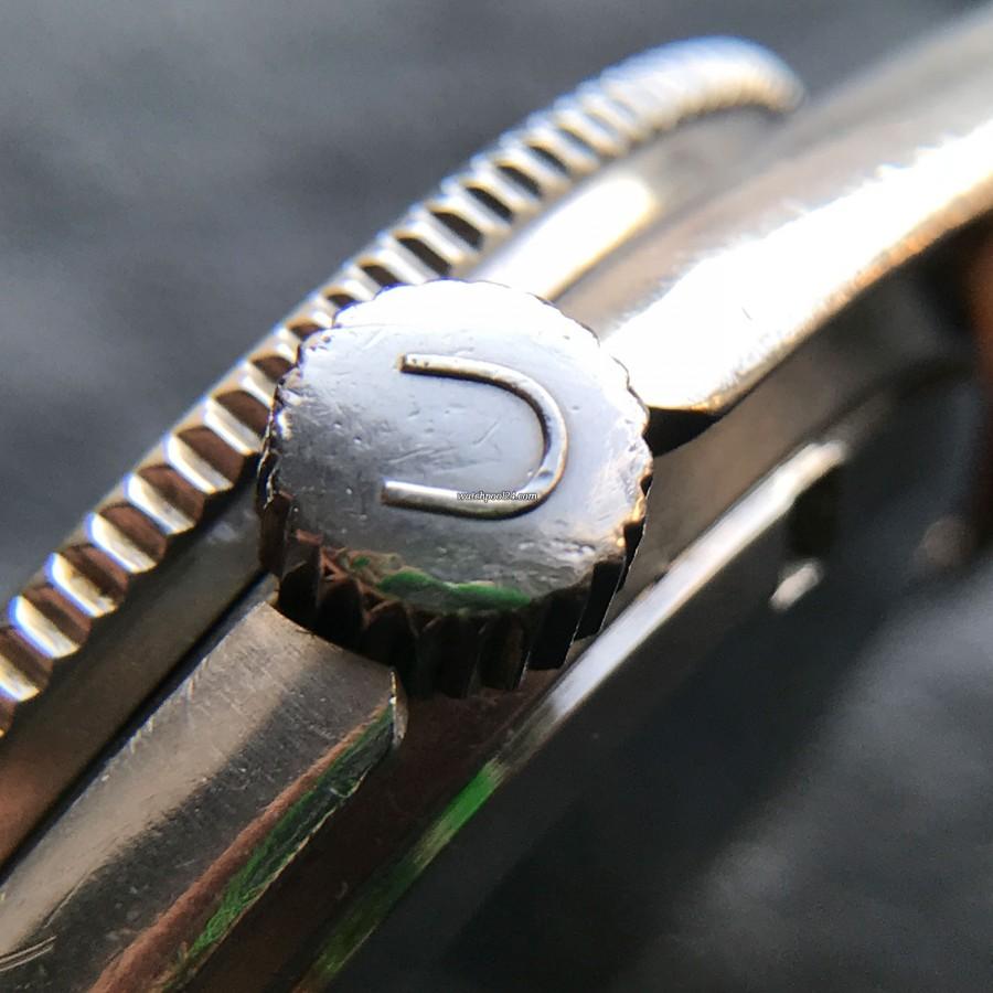 Universal Genève Polerouter Sub 869123/02 - verschraubte Krone, signiert