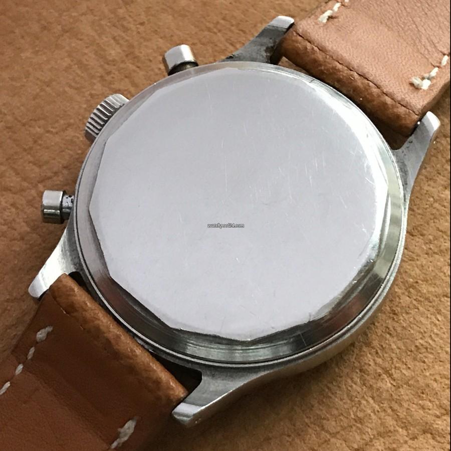 Wittnauer Chronograph Valjoux 71 Radium Lume - screw-down case back