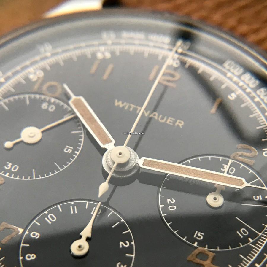 Wittnauer Chronograph Valjoux 71 Radium Lume - first-class collector's watch