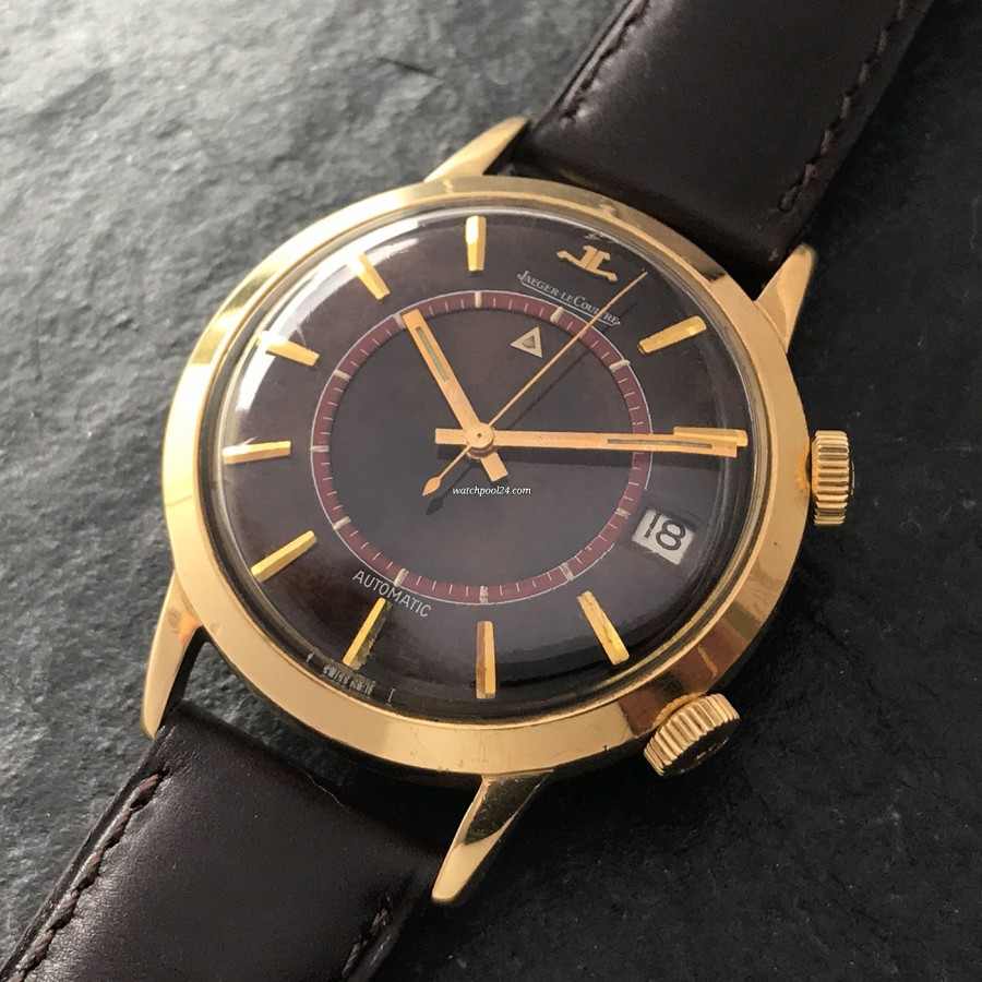 Jaeger-LeCoultre Memovox E855 Brownie Wood Dial - a special rarity