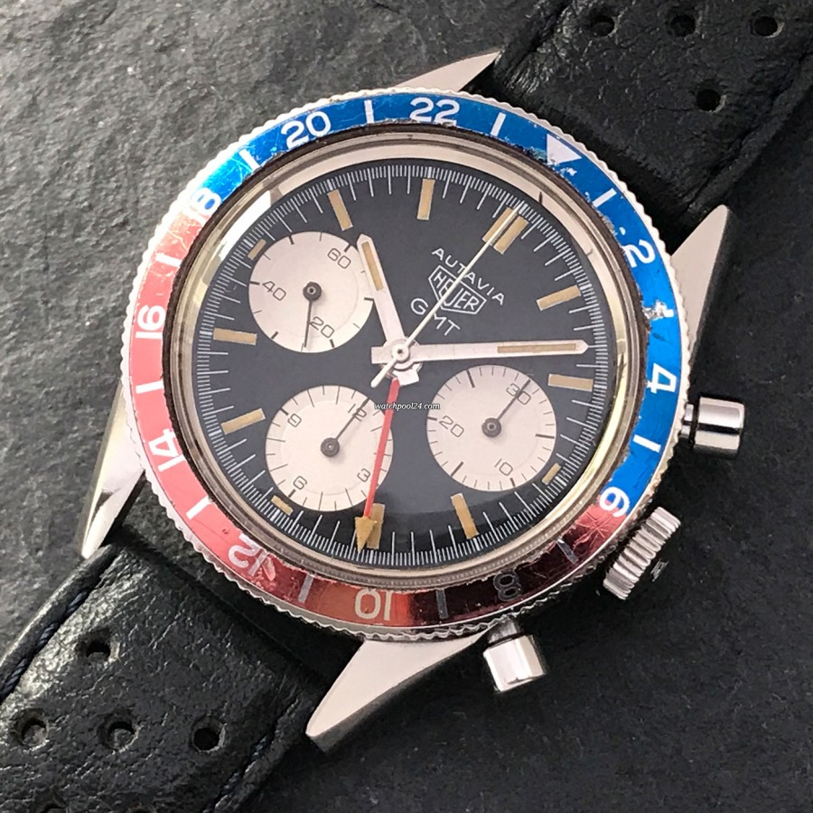 Heuer Autavia 2446 GMT First Execution - the first GMT chronograph with an additional 24-hours display