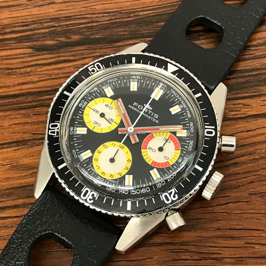Fortis Marinemaster 8001 Yellow Sub Dials - diving watch and chronograph from the early 70s