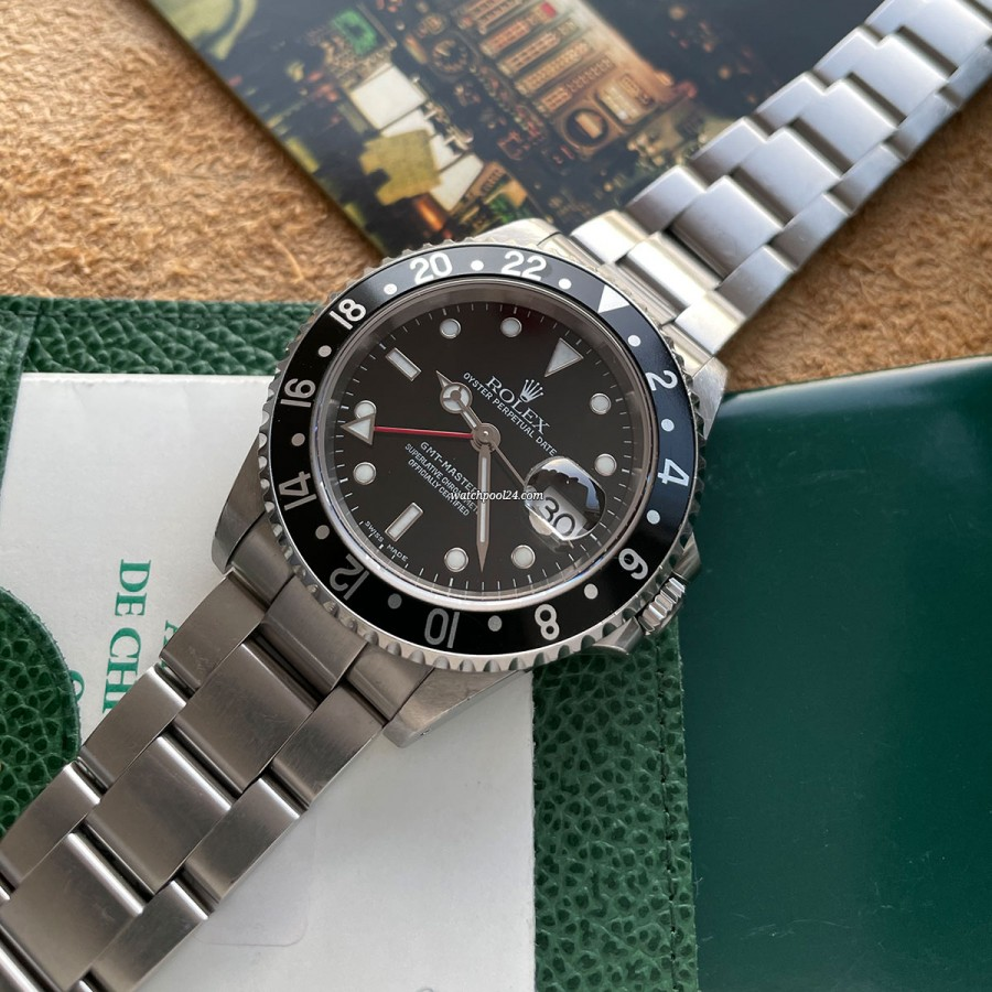 Rolex GMT Master II 16710 Full Set - GMT Master from 2002 with a seductive killer look