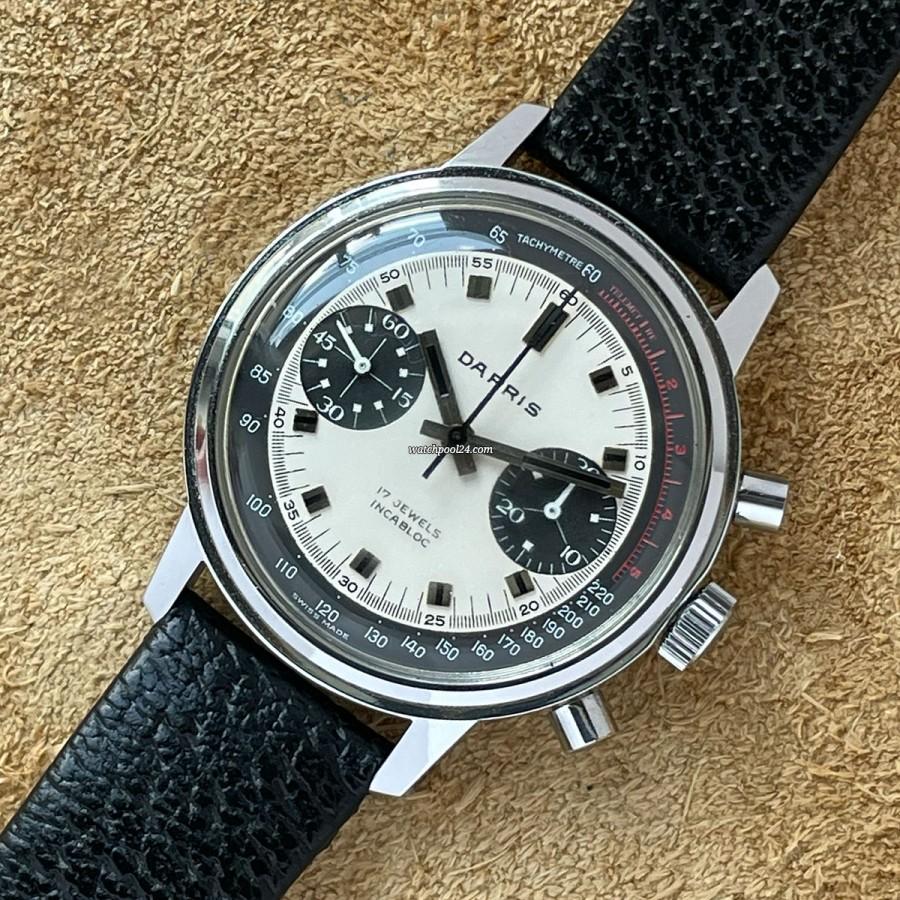 Darris Chronograph Paul Newman Dial - 1970s chronograph with a Paul Newman Panda dial
